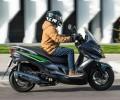 Prueba Kawasaki J125 ABS SE: carácter premium Imagen - 2