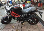 La mini Ducati Monster que se vende en Vietnam