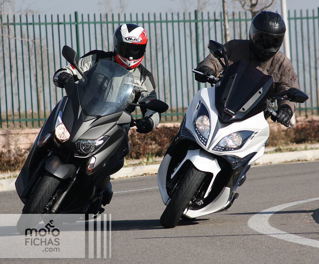 comparativa kymco xciting 400 vs yamaha x max 400. Black Bedroom Furniture Sets. Home Design Ideas