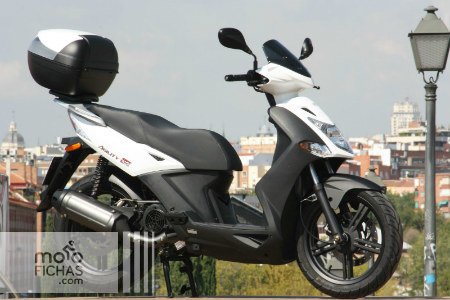 03 Prueba Kymco Agility City 125 estatica lateral