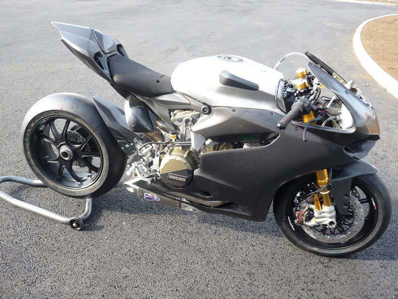 ducati-1199-panigale-rs-02