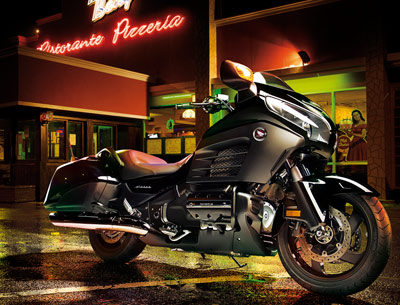 honda_goldwing_f6b_p2