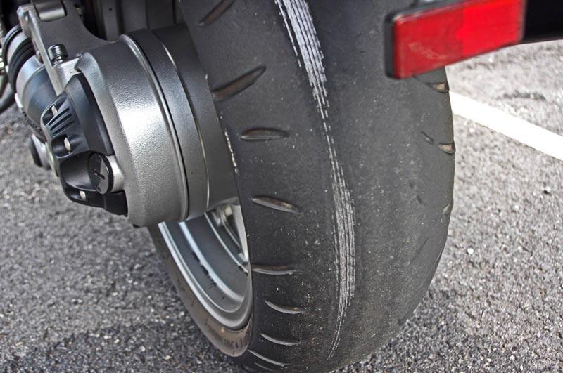 e4ee0b0fa3c Cuándo toca cambiar los neumáticos de la moto?