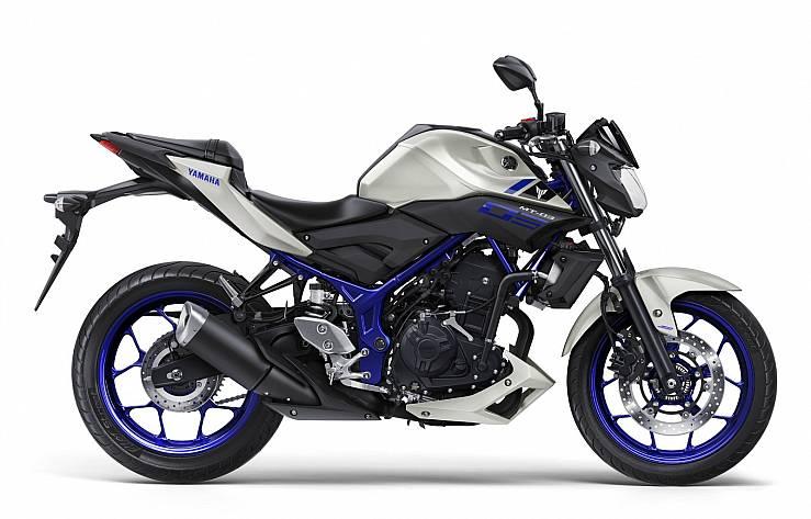 https://www.motofichas.com/images/cache/01-yamaha-mt-03-race-blue-739-a.jpg