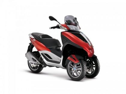 phoca thumb l piaggio mp3 yourban 125 01-gallery