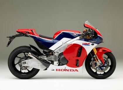01 lateral honda rc213v s motogp de calle-gallery