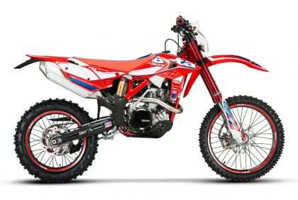 01 beta enduro factory racing 4t 2017 lateral-gallery
