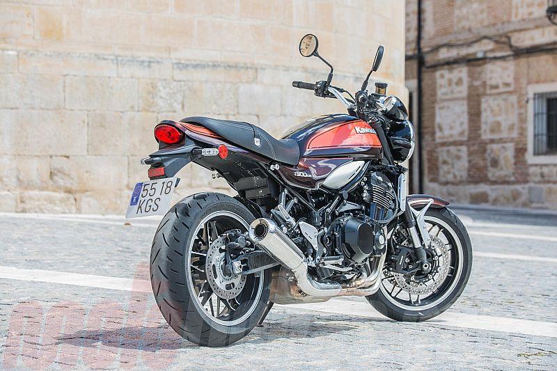 Prueba Kawasaki Z900RS 2018