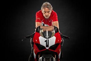 Ducati presenta la Panigale V4 25º Anniversario 916