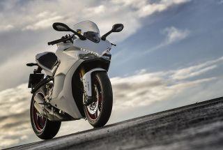 Ducati refuerza su gama para el carnet A2