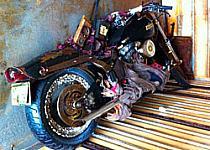 Aparece en Canadá una Harley arrastrada por el tsunami de Japón