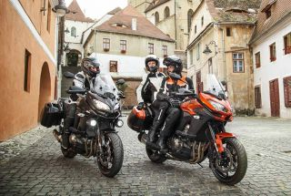Kawasaki Versys 650 y 1000 con kit Tourer y Tourer Plus de regalo