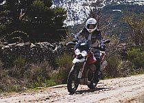 Prueba Moto Guzzi V85 TT: trail con sello propio