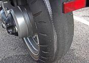¿Cuándo toca cambiar los neumáticos de la moto?