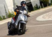 Nuevos Piaggio Beverly: motorizaciones Euro4 con ABS y ASR de serie