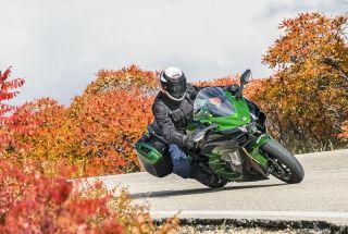 Prueba Kawasaki Ninja H2 SX SE: el sport-turismo es un gran invento