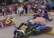 Carreras hardcore de scooters en Asia (vídeo)