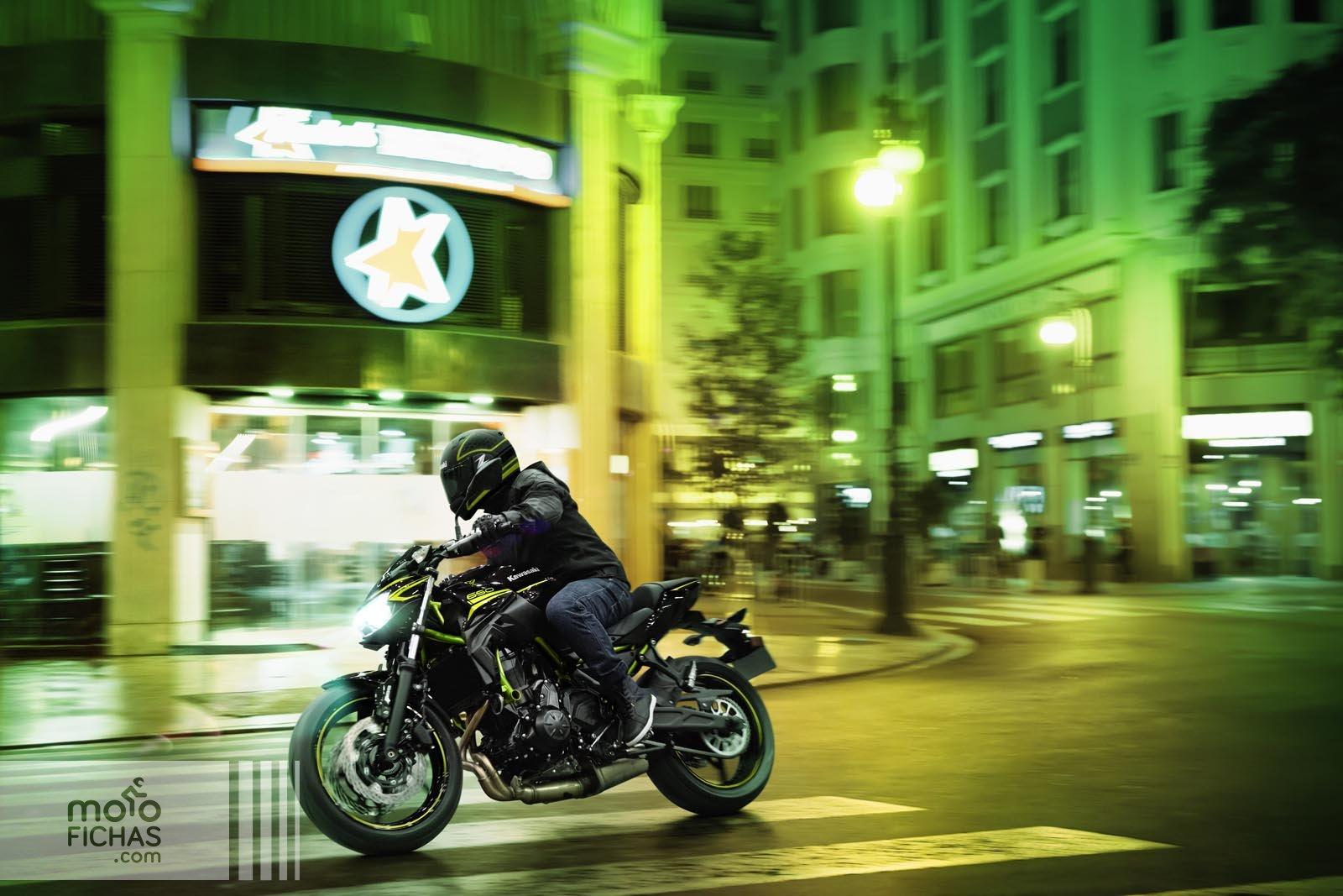 Prueba Kawasaki Z 650 2020: commuter guerrera - Fórmulamoto
