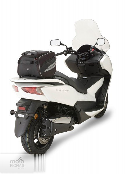 bolsa givi tunel central scooter2