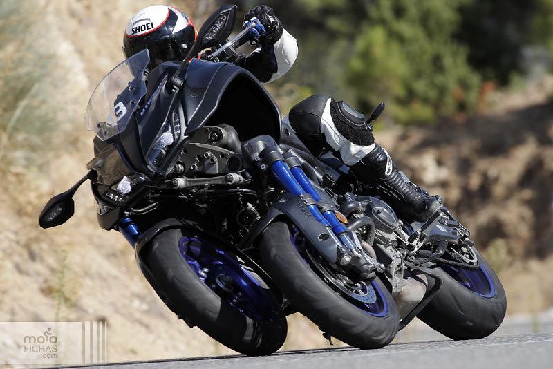 Pronombre Punta de flecha cazar  ▷ Prueba Yamaha Niken 2018: la revelación