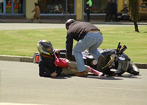 10 causas accidente moto